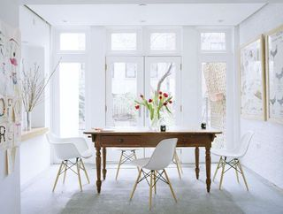 Annie_schlecter_white_dining_room_modern_country_pine_turned_leg_table